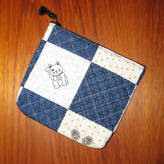 Quilted Travel Earring Cosmetic Pouch Maneki Neko Cat Design Japanese Asian Fabric