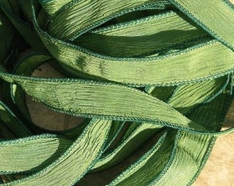 SPRUCE GREEN Hand Dyed Silk Ribbons, Qty 5 Strings Medium Pine Green, Great Silk Wraps, Jewelry Ribbon
