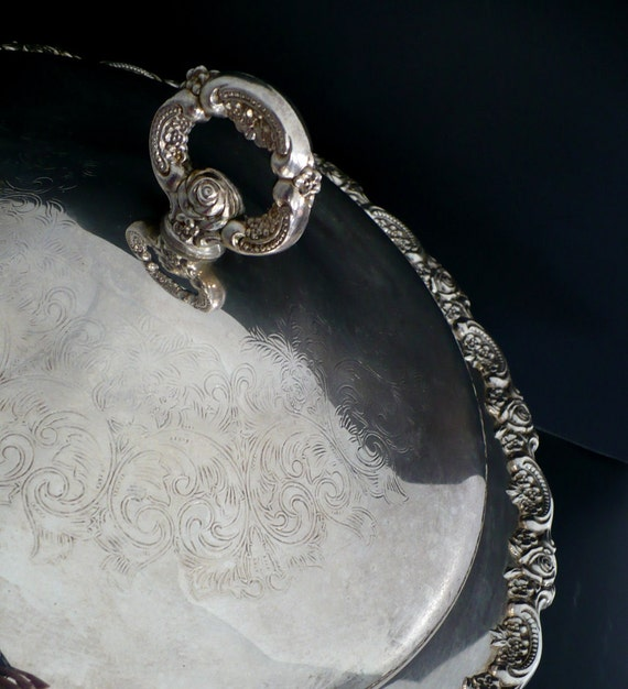 Large Ornate Casserole with Lid {Silver Plated -Oneida Footed Serving Dish Casserole Bowl with Lid Silveplated Platter Roses Floral Heavy}