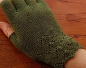 Hand Knitting Pattern for Fingerless Gloves