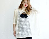 Box T - Cream Modern Circles Lace, Natural Cream Viscose Jersey sleeves - One Size