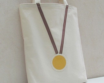 Tote bag canvas cotton with gold medal