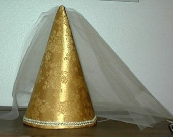 Cute Gold Satin Brocade Girls Deluxe Princess Medieval Cone Hat