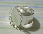 Silver Adjustable Hammered Band Ring Blank with 18 x 13 mm Lace Edge Setting