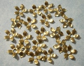 40 Raw Brass Flowers - 11mm