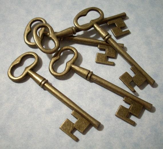 10 Large Key Pendants - Antique Bronze - 19 x 57mm