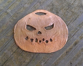 Pumpkin pendant in bronze