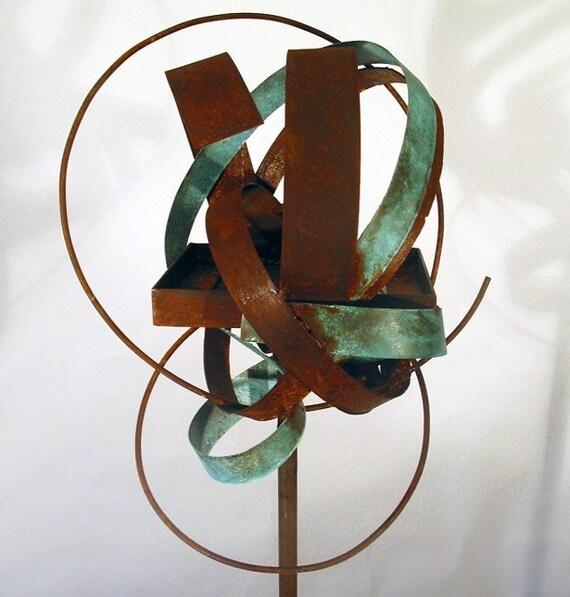 Sculptural Bird Feeder 188