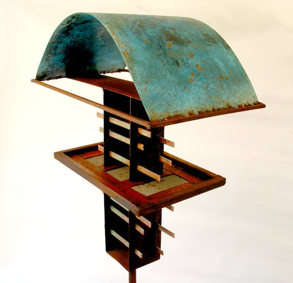 Sculptural Bird Feeder 222