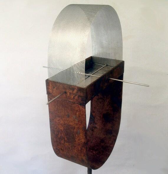 Sculptural Bird Feeder 227