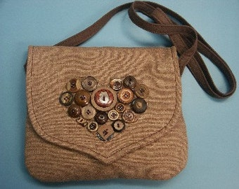 Unique one-of-a-kind light brown linen shoulderbag with button heart decoration