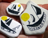Pirate ship pebbles - Original hand painted gouache pebbles / stones