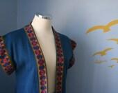 Lookin' fine...Vintage short sleeve tunic sweater