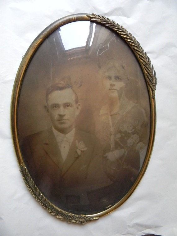 Antique Picture Frames Oval