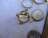 10 Brass Settings, Double Sided, with Bale, About 19mm, U.S. Dime Size