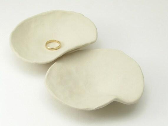 Trinket dishes - pair of handbuilt organic pinch pot bowls - stoneware clay