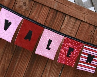 HAPPY VALENTINES DAY Banner - Reusable Fabric Banner Decoration in Pink Red Black White