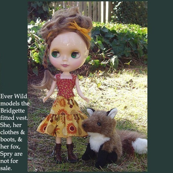 Blythe Doll Close Fitting Vest  Pattern with Photo Instructions in PDF Format