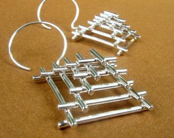 Pyramid Shape Handmade Wire Earrings in Sterling Silver, silver pyramid earrings, square wire earrings in Silver