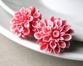 Flower Stud Earrings - Snowy Red Chrysanthemum