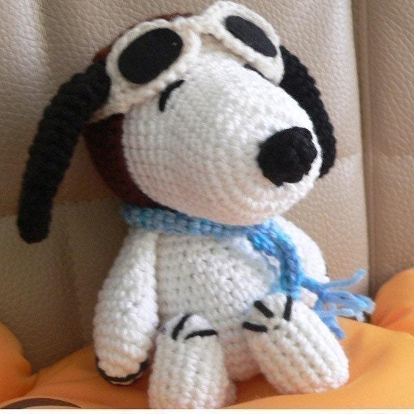 Amigurumi Schemi Free Italiano : Christmas Amigurumi Pilot Snoopy Puppy Dog Crochet Pattern