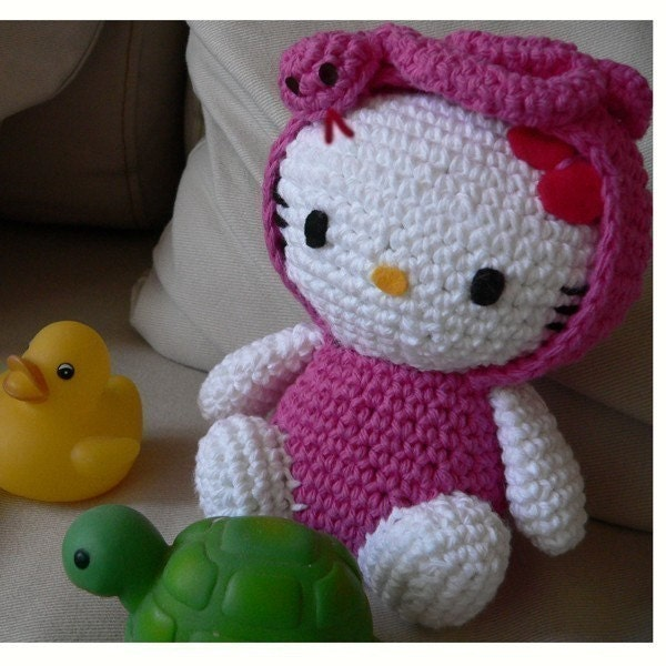 Amigurumi Human Ear Pattern : Amigurumi Snake animal baby Hello Kitty Doll Crochet Pattern