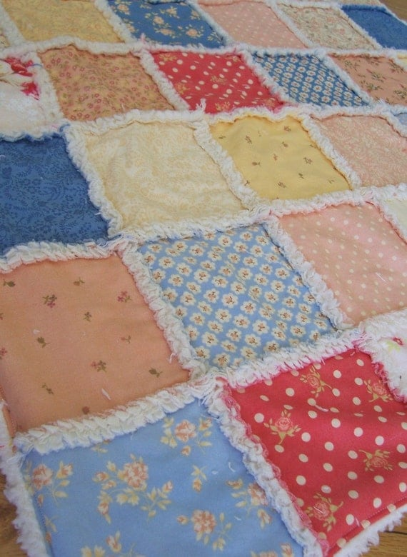 Ready to Ship - Cottage Romance Rag Quilt