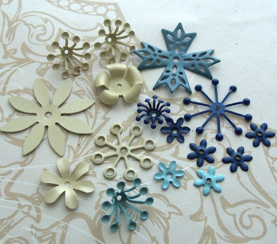 Painted Enamel Metal Flowers Mix 16 pcs royal blue turquoise almond - small medium - Beach Day