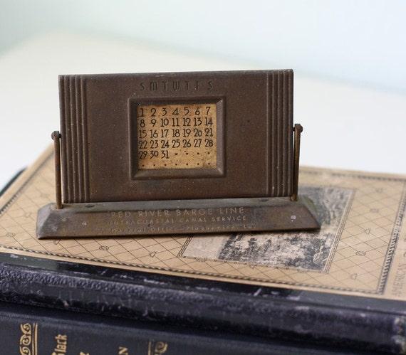 Art Deco Calendar : Vintage brass art deco calendar