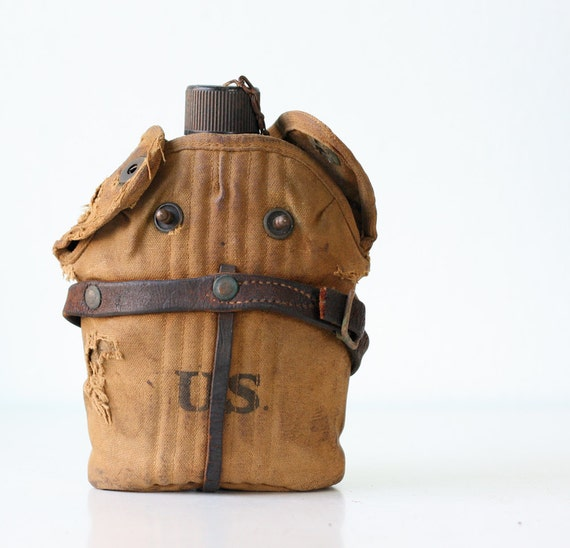 Vintage US Canteen