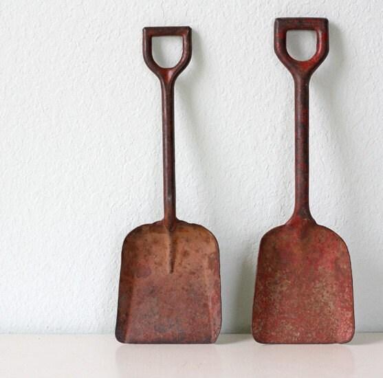Vintage Red Rusty Garden Tools Set Of 2