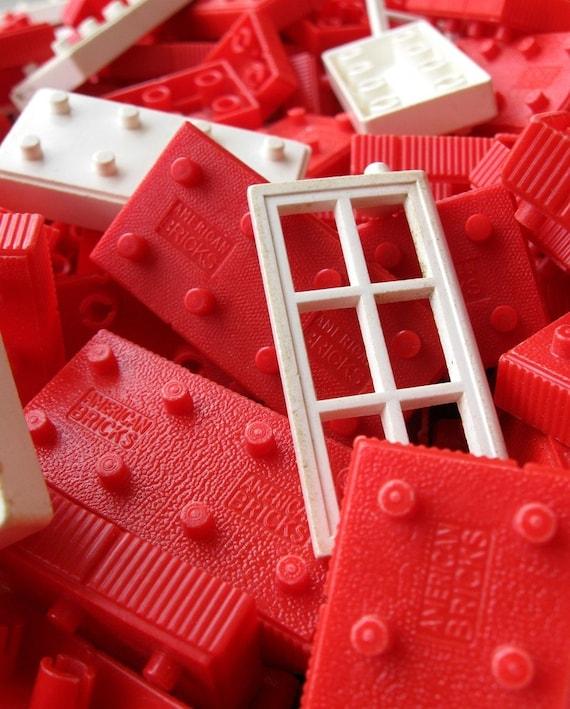 1950's AMERICAN BRICK Building Blocks - Assorted Set of 25 Pieces