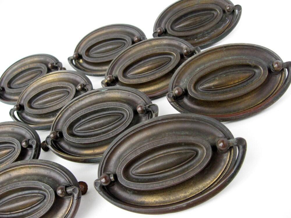 Vintage Metal Oval Drawer Pulls Hardware Complete Set Of 10