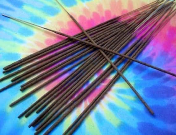 BOHEMIAN SUNRISE Scented Incense Sticks - 20 (mandarin, violet, patchouli, sandalwood, cedar, vanilla)
