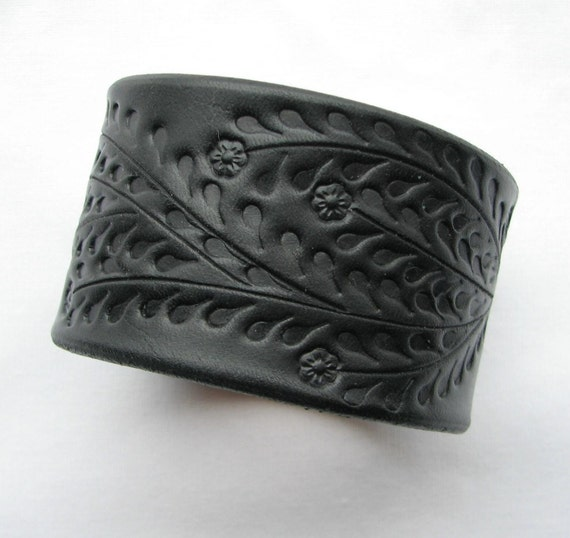 Wide Black Leather Cuff / Bracelet - Floral Vine - HandCrafted Leather Wristband Tooled Veg Tanned Leather for Men or Women - New Leather