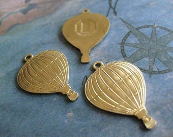 2 PC Solid Brass Hot Air Balloon Charm / Pendant Finding - V0018