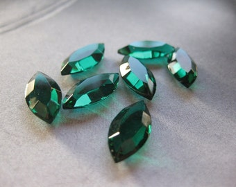 4 PC Vintage Swarovski Crystal Channel Cut Navette / Emerald - 15mm x 7mm