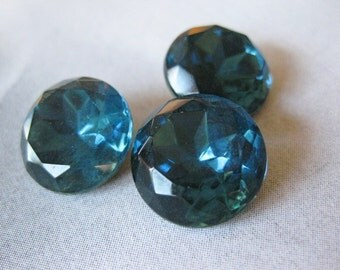 2 PC Vintage Montana Blue Faceted Glass - Foil Backed Stone - 60 SS / 14mm