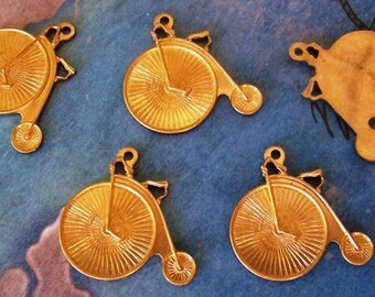 2 PC Raw Brass Penny Farthing / Antique Bicycle Charm Finding -  A0017