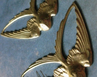 2 PC Raw Brass Swallow Tail Bird Finding / Pendant - CC19
