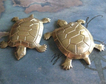 1 PC Brass Turtle Finding / Pendant / Charm - X0019