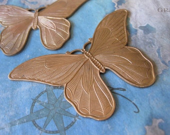 1 PC Extra Large Solid Brass Nouveau Moth / Butterfly Stamping - MM17