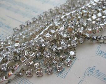 Silver Plated Swarovski Crystal Rhinestone Chain (14 pp) - 1 Foot