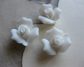 4 PC Snow White Porcelaine Flower Cabochon / German Bisque - 11mm