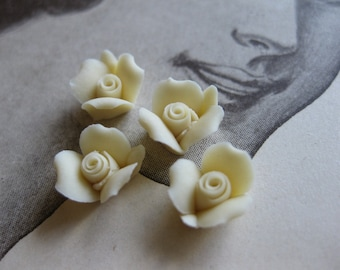 4 PC Ivory Porcelaine Flower Cabochon / German Bisque - 8mm