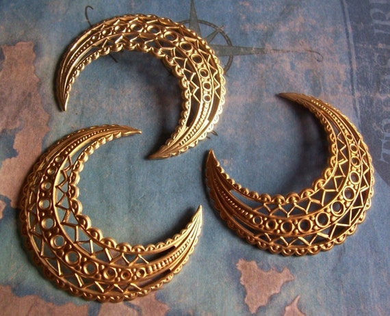 2 PC Raw Brass Filigree Crescent Finding - G0150
