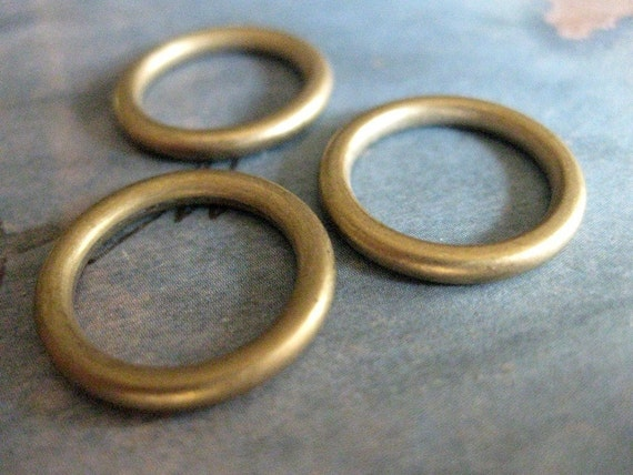 4 PC Solid Seamless Heavy Gauge Raw Brass Ring / Hoop - CC04