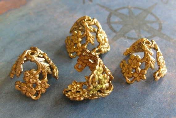 4 PC Art Nouveau Styled Raw Brass Bead Cap / Jewelry Finding  -  R0375