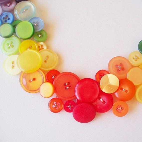 Rainbow button necklace - Eternal optimist