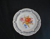 Vintage plate, floral pattern, white, Schrvarzenhammer Collector Plate Bavaria Germany -